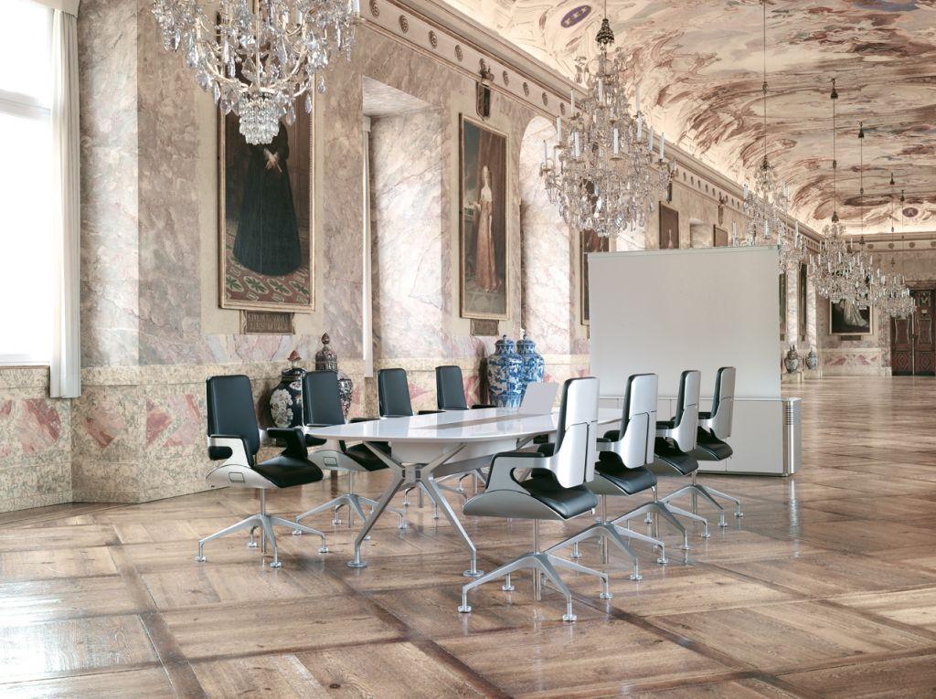 interstuhl silver bureaustoelwijzer. Black Bedroom Furniture Sets. Home Design Ideas